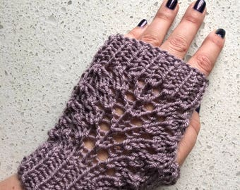 Handmade Knitted Wool Free Acrylic Yarn Lace Fingerless Gloves Colorful Lace Detail Fingerless Gloves Fashionable Fingerless Gloves