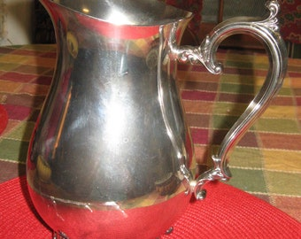 """Wm. Rogers Silver-Plate Water Pitcher #817, 64 Fl Oz Capacity 9""""H x 5.25""""D WITHOUT Ice Guard - Wonderful Condition!!!"""