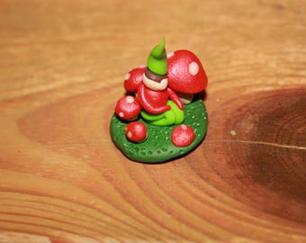 Elf Pixie Sitting in a ring of Toadstools. Fairy Garden Accessories. Craft supplies. Miniature toys.