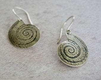 Shell Pattern earrings