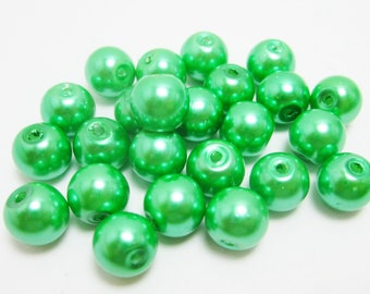 Green Glass Pearls, 8mm Loose Beads, Dark Green Pearl, 20 Beads, 3976