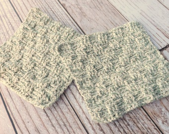 Green and White Cotton Dishcloth - 100% cotton dishcloth - textured green cotton washcloth - green dishrag - washrag - housewarming gift