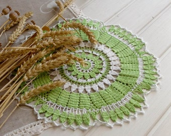 SALE 20% OFF: Green crochet doily Lace doily Handmade cotton lace doilies Spring decor White and green Living room decor 293