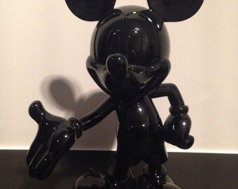Disney Mikey Mousse statue in black resin