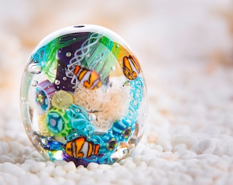 Marine Aquarium Glass Bead - Sea Bead with Fish and a Jellyfish Inside.