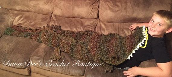 Crochet Alligator Blanket