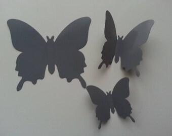 petit  papillon  3D gris   en plastique 6.5*5.5 cm