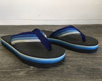80's FLIP FLOPS Thick Foam Sandals Thongs/ Rare Vintage Blue Rainbow Striped Nylon Strap/ Good Condition Women 7.5-8 Men 5.5-6