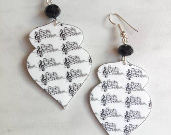 Shrink plastic music earrings, light earrings, black and white musical notes, gift idea for music lovers, musicians