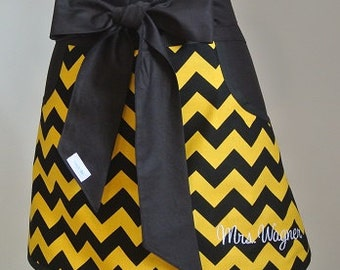 Personalized Black and Gold Chevron Half Apron with Pockets trimmed in Black