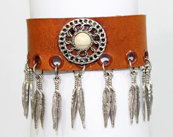 Zayas-Pizarro- Silver Gipsy & Feathers Leather Bracelet
