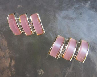 Vintage Charel pink lucite clip earrings in silver tone setting - modernist jewelry from estate