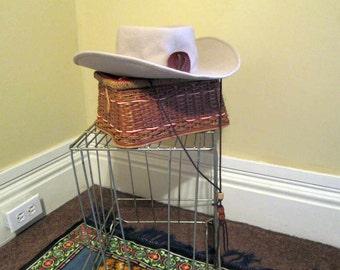Rockmount vintage Cowboy Hat Yellowstone National Park hat Cream wool Tan 50s vintage Western hat Chinstrap hat Ranchwear cowboy hat 7 1/8