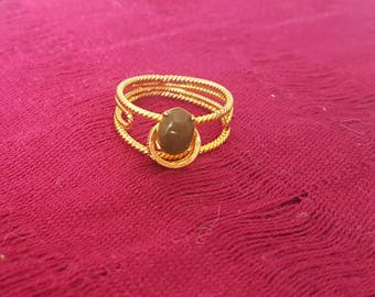 Filigree gold with green stone ring. Oaxaca, Mexico.