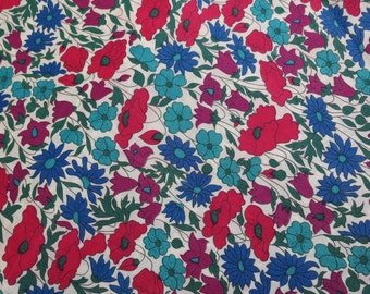 LIBERTY Of LONDON Tana Lawn Cotton Fabric  'Poppy and Daisy' Blue/Teal/Red Lg Fat Quarter 18 X 26 in