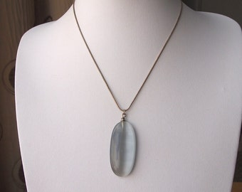 Gorgeous vintage oval grey and silver tone pendant on a silver tone necklace