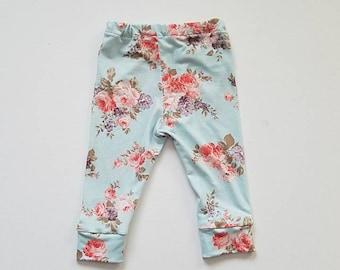 SALE! violet floral baby leggings, floral leggings, baby blue floral leggings, vintage floral leggings, cloth diaper leggings,