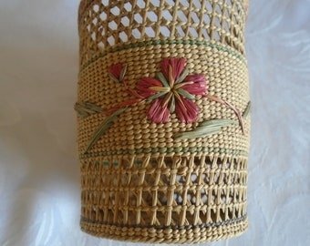 pretty woven glass holder with raffia detail