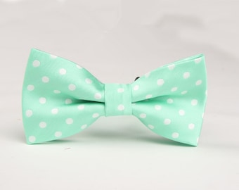 Silk Bowtie. Mint Green Bow Tie With White Dots.Mens Bow Tie.Bowtie for Party.Bowtie for wedding.
