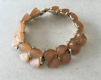 Vintage Peach Moonglow Thermoset Bracelet 0816