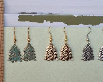 Pin arbre boucles d'oreilles seulement - BZ Designs - arbre à feuilles persistantes
