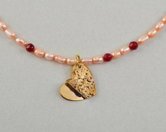 Gold heart choker, pendant pearl necklace, tumbaga jewelry, dainty garnet jewelry, hammered brass jewel, Valentine's day gift.