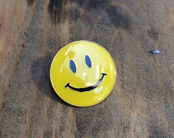 Classic Smiley Face Enamel Pin