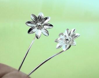 Marguerite daisy flower earrings Sterling silver earrings jewelry Dangle earrings Cute small stud earrings Long stem earrings Threader E-095