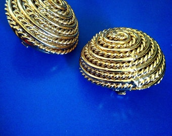 Vintage Earrings/ Large Gold Textured Round Dome Clip On Earrings