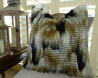 Black Gold White Fur Throw Pillow Cover - Fancy Feather Fur Pillow - White Gold Black Feather Faux Fur Throw Pillow - Soft Faux Fur - 16457