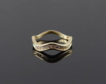 14k 0.15 CTW Diamond Zig Zag Wedding Band Ring Gold