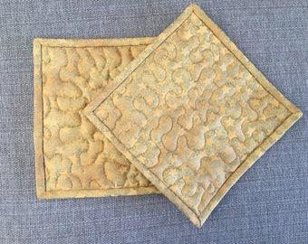 Quilted Pot holders , Potholders,pot holders, Fabric Pot holders, Contemporary Potholders ,8 x 8 inch,