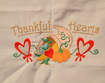 Thankful Hearts Thanksgiving Towel