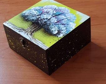 BOX WOODEN JEWELRY BOX