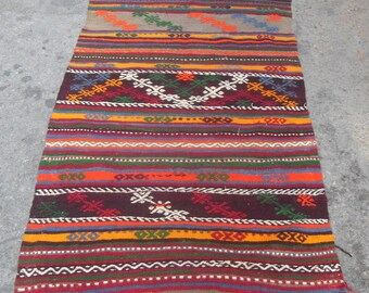free shipping VINTAGE TURKİSH dursunbey cecim kilim Anatolian handwoven kilim rug decorative kilim - SİZE : 39'' X 56'' ( 97 cm X 165 cm)
