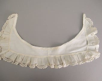 Antique lace collar Victorian