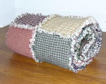 Custom Rag Quilt, Twin Size Rag Quilt, Homespun Rag Quilt, Primitive Rag Quilt, Farmhouse Quilt, Rag Quilt