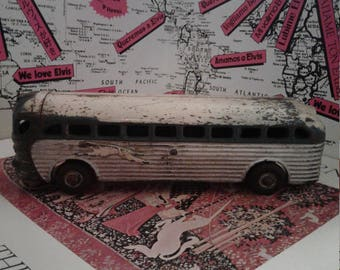 275.00 Or OBO!!!Original 1941 by Arcade toy company. Serial number 4400 signifying it to be Greyhound Cruiser Coach Bus. Vintage ARCADE BUS