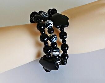 Onyx blossoms, onyx bracelet, spiral bracelet, memory wire, gemstone bracelet, earrings, necklace matching