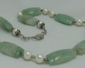 Green Jade and Pearls Sterling Silver Necklace