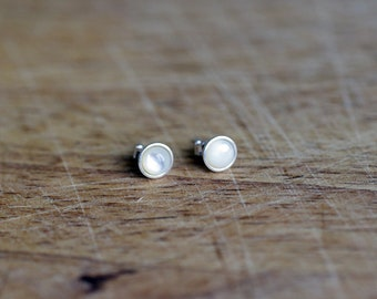 925 Sterling silver stud earrings with 5 or 6mm Mother of Pearl Shell Cabochon