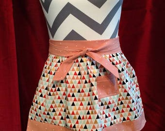 Child - size retro half apron
