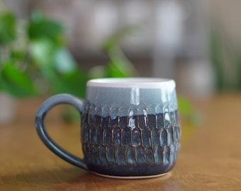 Blue Carved Mug 017