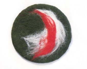 Felt Coasters - Set of Four - Needle Felted - Dark Green, Red and White - Home Decor - Hostess Gift - Feted Coasters - Neelefelt Coasters