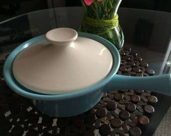 Vintage 1960's Shawnee Pottery Covered Casserole Pot