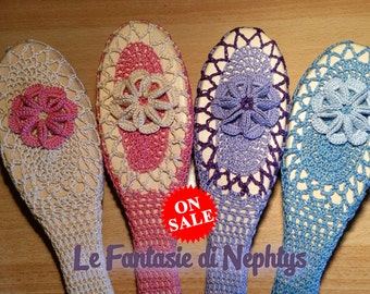 ON SALE *** Crochet Covered Hair Brush, for Woman, Vintage accessory, handmade, made in Italy
