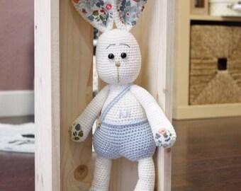 Hare amigurimi crochet handmade betsy liberty tilda 100% cotton
