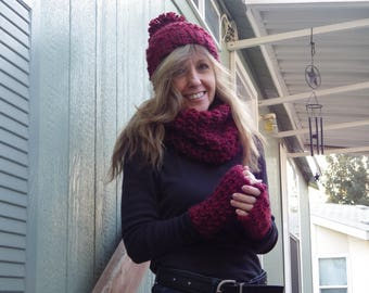 Chunky Ruby Red Beanie, Cowl, and Fingerless Gloves Set #chunkyredbeanie, #chunkyfingerlessgloves #chunkycowl