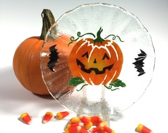 Halloween Candy Dish, Pumpkin Bowl, Fused Glass Dish, Glass Pumpkin, Jack-o-lantern