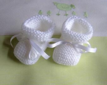 White baby booties newborn - hand made knit